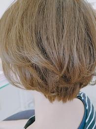 ショートヘアー